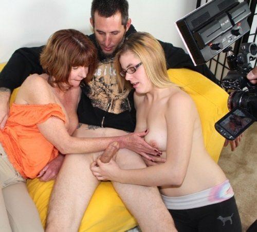 aincest - 0846 Dee Delmar, Kendra - Mom and Daughter Blast