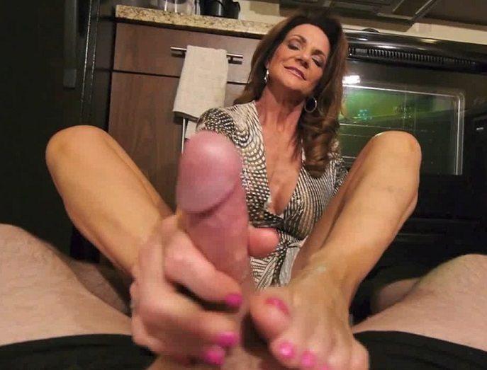 pornperversion-productions-pov-deauxma-aee-foot-massagefootjob-hd-2015i