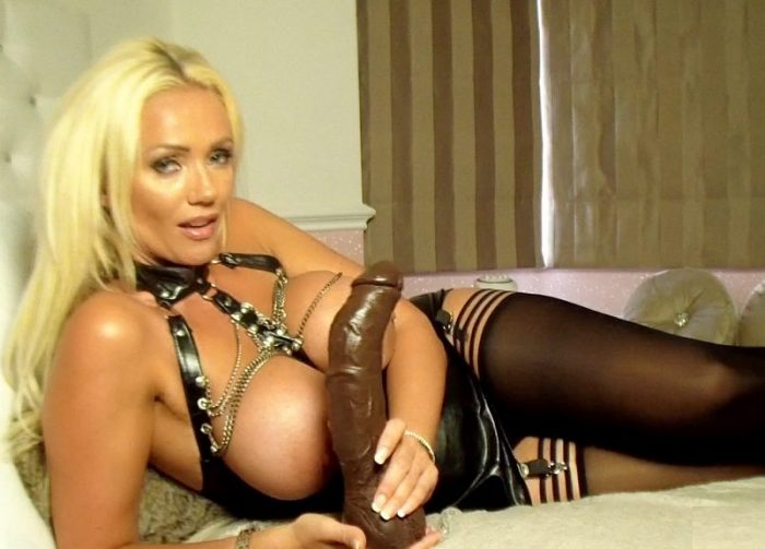 iusglam-worship-lucy-zara-bbc-addiction-hd-2015xit