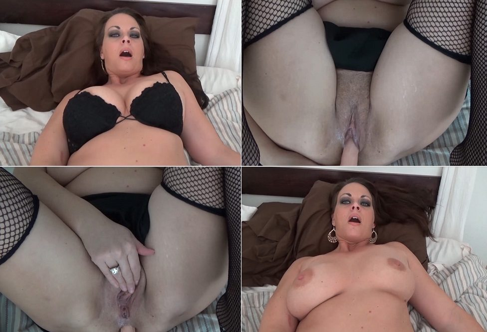 Diane Andrews – Your Twisted Fantasy FullHD (1080p/2015)