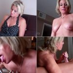 Payton Hall – Blowjob from Mommy for my improved grades at school SD