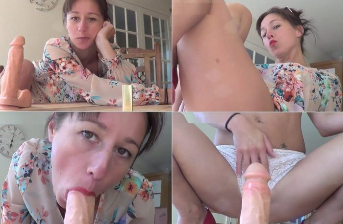 dtkelly-hart-mommy-air-kisses-son-but-wants-to-fuck-sdc