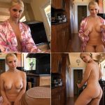 Sarah Vandella – Stroking your cock for Step Mommy HD (720p/2017)