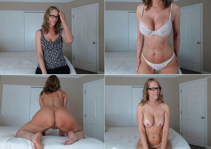 lovejess-ryan-jack-off-to-mommys-ass-fullhd-1080p2017iriit