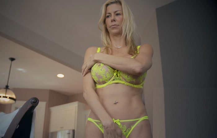 inpornalexis-fawx-my-mother-has-big-tits-fullhd-1080p-clips4sale-com-2017