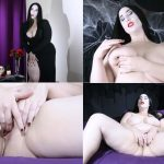 Kitty LeRoux – Addams Family Tradition – C4shalloween17 HD mp4 [720p/2017]