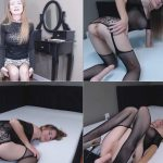Julie Snow – Doggy Style With Your Stepmom FullHD mp4 [1080p/American/2018]