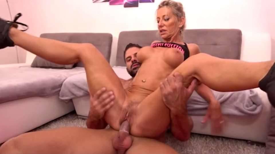 French Porn – Marina Beaulieu, Tracy Rose – Son training with Mom on Sofa  SD mp4 2019 | Incest