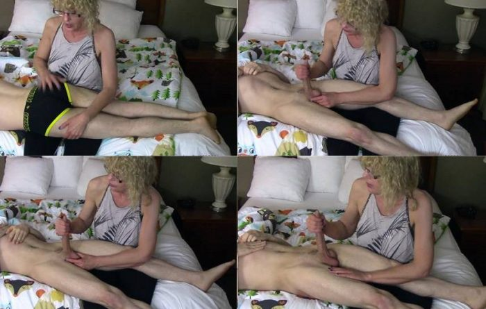 Amatuer Porn – Cum for Mommy – Bad Little Boys Get Spanked and Jerked Off FullHD mp4 [1080p/2018]