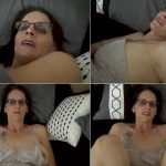 Fifi Foxx Fantasies Christina Sapphire – Keeping Mommy Warm: Mom And Son Cuddle FullHD mp4 [1080p/Incest 2019]