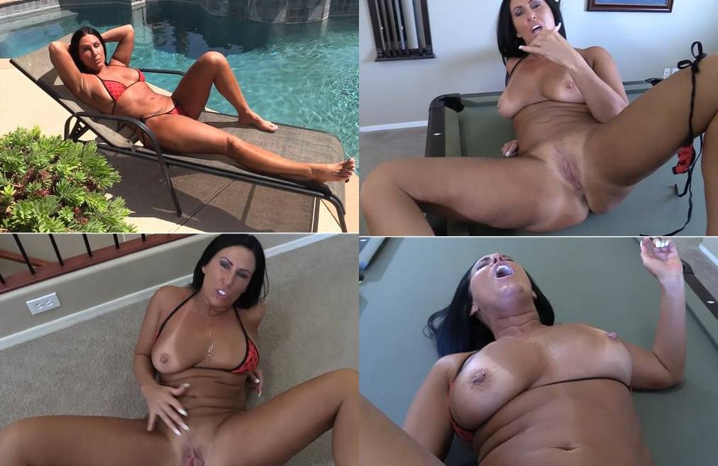 Katie71 - Scandalous Soccer Mom - Let Mommy control your dick darling FullHD mp4 1080p