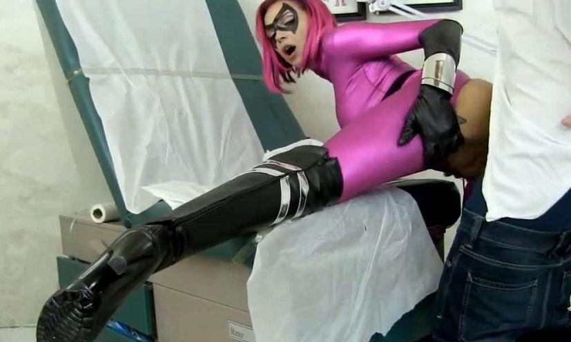 Primal's Disgraced Superheroines - Anna Bell Peaks, Rion King - Field Testing Target Arclight HD 720p mp4