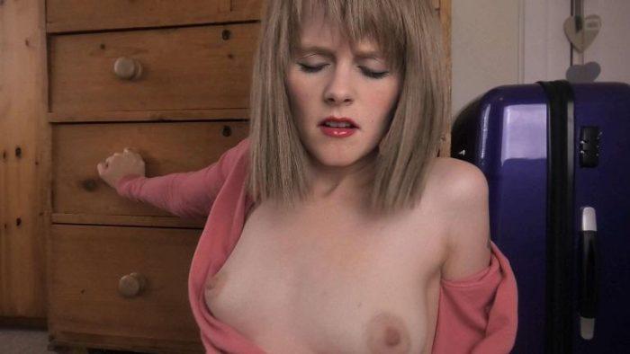 british-virtual-incest-sydney-harwin-mom-on-the-run-4k-2160p-2019