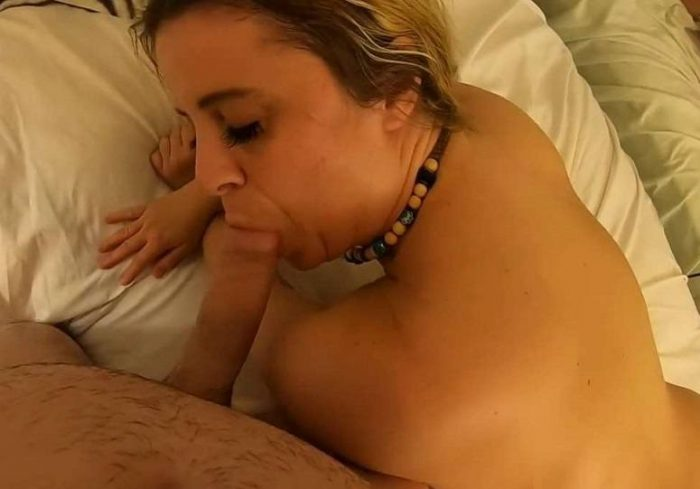 obsessed-with-moms-pussy-erin-electra-matthias-christ-hd-avi-720p-amateur-incest-2019
