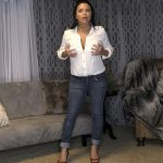 SienaRose – Mrs Rose Seduces Sons Best Friend – Hot Mom Mommy Sucks You Dry 4k [2160p/2019]