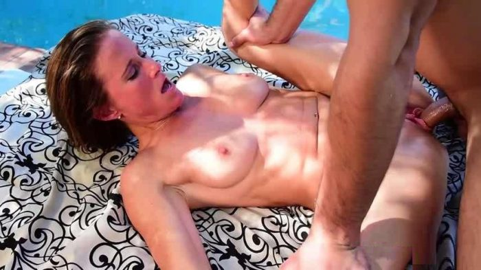 Fast Times in LA - Sofie Marie - Family Outdoor Sex SD avi