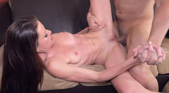 Sofie Marie - pound my ass find my phone - Anal, Facials 4k Porn