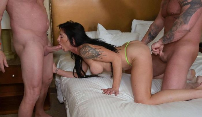 Manyvids Taboo - Sofie Marie - real swingers couple white wedding 4k Porn
