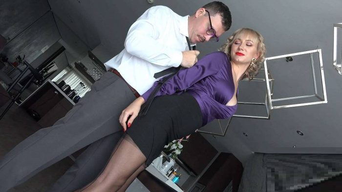 Angel The Dreamgirl – 568 Looks Like Trouble To Her – Bondage