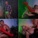 Lonely man SUMMONS Sex VAMPIRE & Gets FANGED – Casca Akashova – Amateur Boxxx 1080p