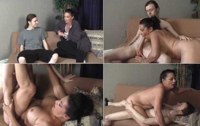 Conor Coxxx - Margo Sullivan Sex With My Horny Mom FullHD 1080p