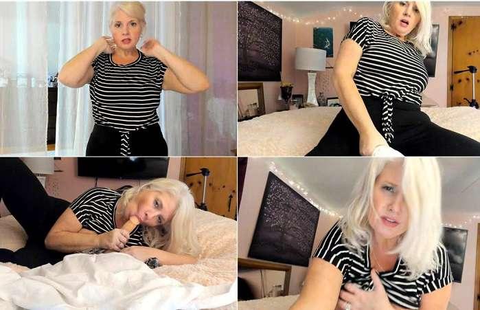 Paintedrose – Friday Night Cheating Mom Rides Son online porn FullHD 1080p