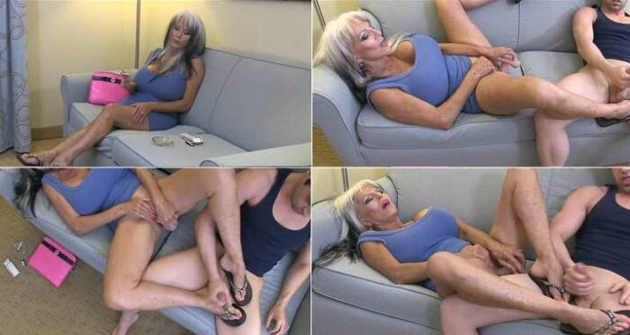 City Girlz Production - Nicky Rebel, Sally D'angelo - My Stepson has a foot Fetish masturbating with Step-Mommy FullHD 1080p